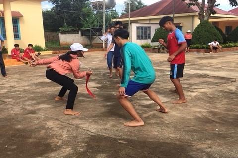 Trung tâm Bảo trợ xã hội tỉnh Đắk Lắk tổ chức Hoạt động chào mừng ngày Quốc tế thiếu nhi và Lễ tổng kết năm học 2018-2019 cho trẻ em có hoàn cảnh đặc biệt